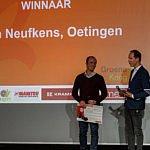 Sven Neufkens uit Oetingen kaapt Agrafiek Award voor beste jongere weg